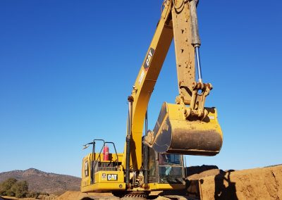 Excavadora Cat 320 N.G. 04