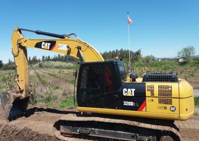 Excavadora Cat 320D2L 02